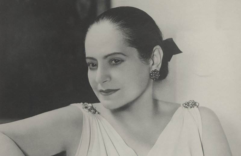 Helena-Rubinstein-in-Schiaprelli-Kleid-(c)-Archiv_Archives-Helena-Rubinstein,-Paris.jpg