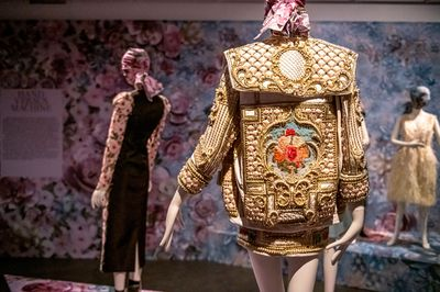 8|9 Exhibition view © Fashion Museum Hasselt