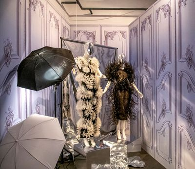 6|9 Exhibition view © Fashion Museum Hasselt